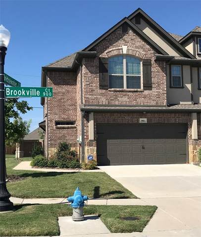 901 Brookville Court, Plano, TX 75074 (#14500706) :: Homes By Lainie Real Estate Group