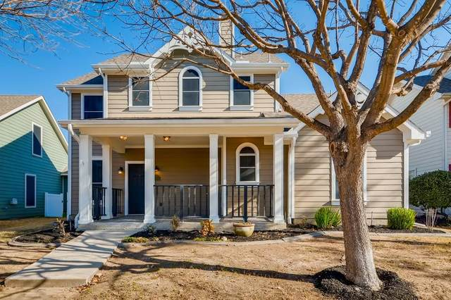 10045 Pinecrest Drive, Providence Village, TX 76227 (MLS #14500717) :: Real Estate By Design