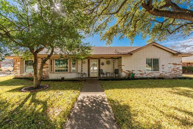 917 Charleston Court, Bedford, TX 76022 (MLS #14500718) :: All Cities USA Realty