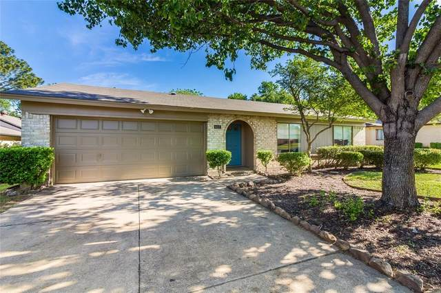 612 Bocowood Circle, Euless, TX 76039 (MLS #14500778) :: The Mauelshagen Group