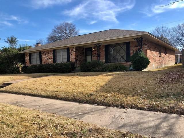 1618 Charleston Drive, Garland, TX 75041 (MLS #14500969) :: Craig Properties Group