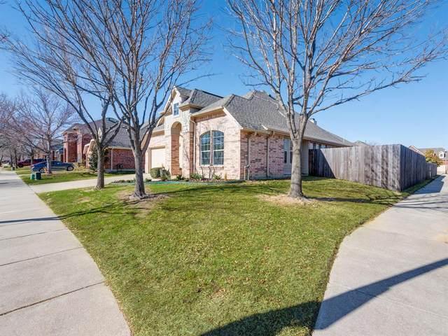 5800 Meadowglen Drive, Denton, TX 76226 (MLS #14501218) :: Post Oak Realty