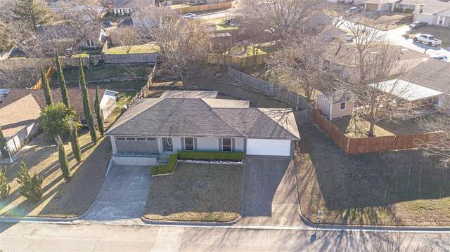 817 Cross Timbers Drive, Fort Worth, TX 76108 (MLS #14501221) :: The Kimberly Davis Group