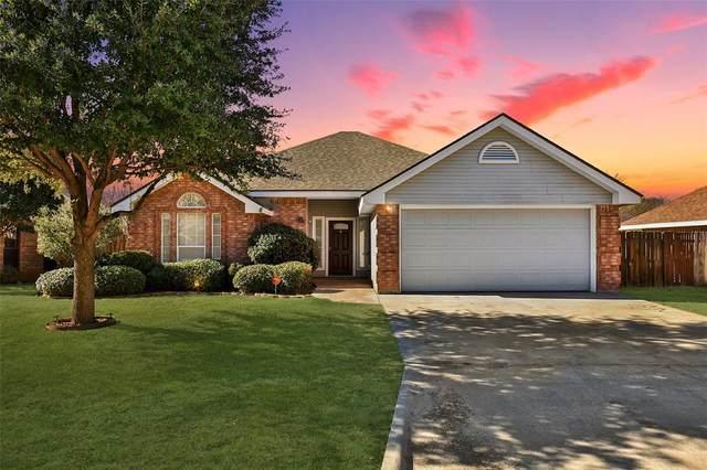 3150 Beacon Hill Road, Abilene, TX 79601 (MLS #14501450) :: The Mauelshagen Group