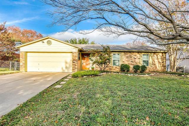 520 Parkview Drive, Burleson, TX 76028 (MLS #14501823) :: Robbins Real Estate Group