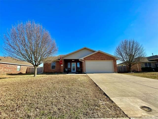 105 Stoney Creek Lane, Terrell, TX 75160 (MLS #14502205) :: The Star Team | JP & Associates Realtors