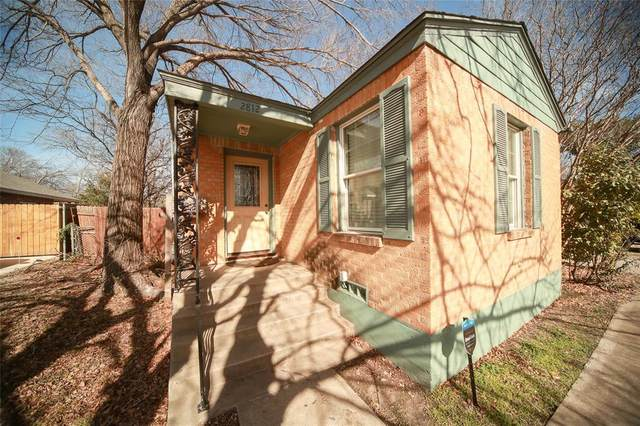 2812 W Biddison Street, Fort Worth, TX 76109 (MLS #14502256) :: The Kimberly Davis Group