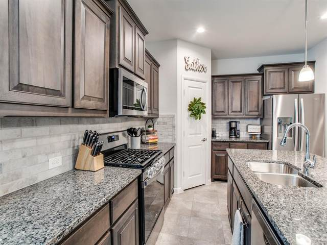 16000 Maldon Pass, Fort Worth, TX 76247 (#14502316) :: Homes By Lainie Real Estate Group