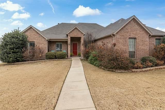 208 William Allen Lane, Decatur, TX 76234 (MLS #14502527) :: The Mauelshagen Group