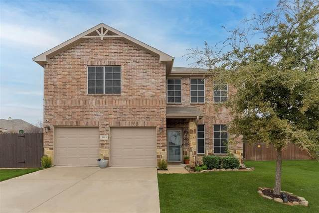 3913 Grizzly Hills Circle, Fort Worth, TX 76244 (MLS #14502540) :: The Mauelshagen Group