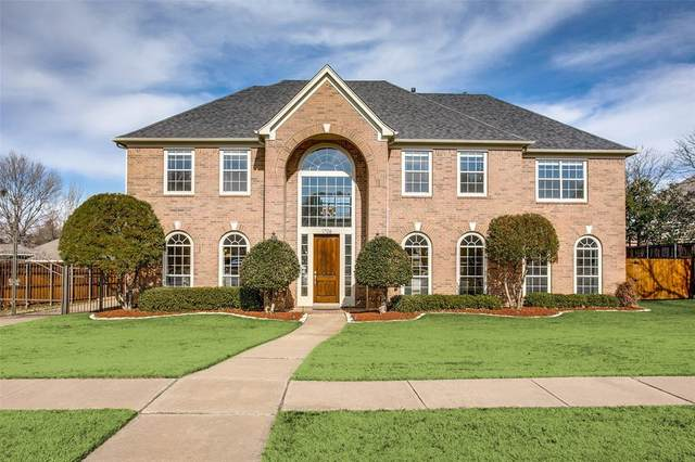 1706 Redwing Drive, Southlake, TX 76092 (MLS #14502619) :: Team Hodnett