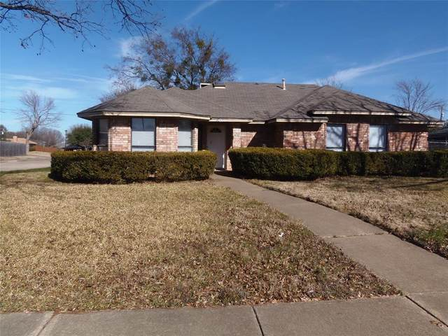 1300 Sparrow Court, Desoto, TX 75115 (MLS #14502713) :: The Mitchell Group