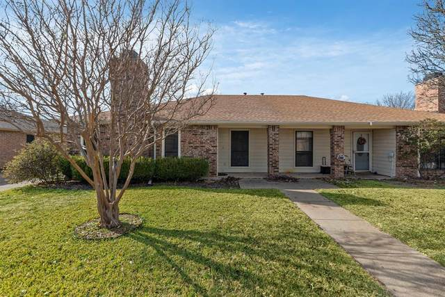 5717 Westchase Drive, North Richland Hills, TX 76180 (MLS #14502855) :: The Mauelshagen Group
