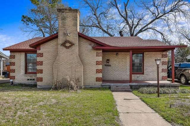 1908 N Riverside Drive, Fort Worth, TX 76111 (MLS #14503051) :: NewHomePrograms.com