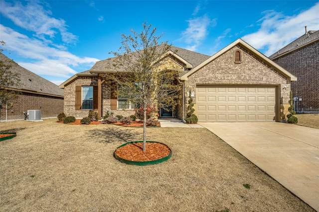 236 Pennridge Drive, Forney, TX 75126 (MLS #14503093) :: The Mauelshagen Group