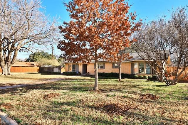 2017 Post Oak Road, Abilene, TX 79605 (MLS #14503187) :: The Kimberly Davis Group