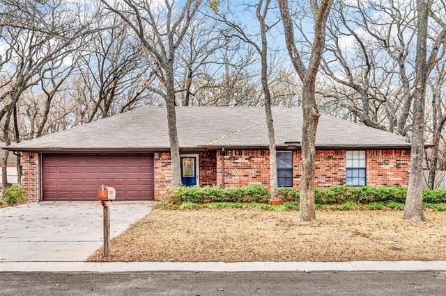 1505 Shady Lane, Decatur, TX 76234 (MLS #14503211) :: The Mauelshagen Group
