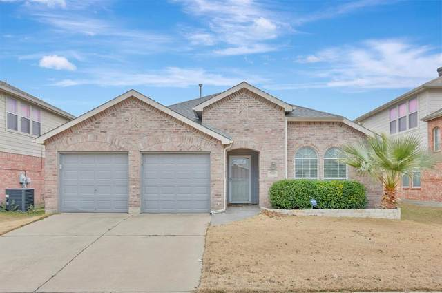 9305 Comanche Ridge Drive, Fort Worth, TX 76131 (MLS #14503422) :: The Kimberly Davis Group