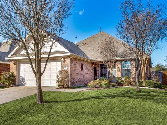 220 Villanova Drive, Van Alstyne, TX 75495 (MLS #14503646) :: Team Hodnett