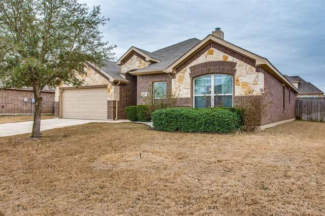 1169 Sapphire Lane, Burleson, TX 76058 (MLS #14503706) :: The Good Home Team