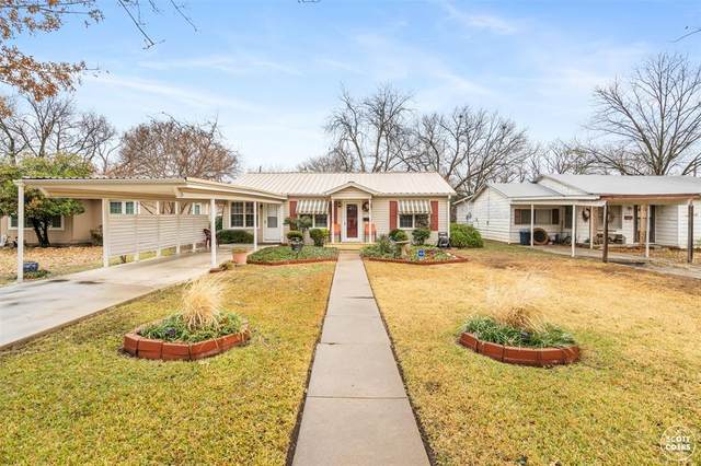 2406 Greenway Drive, Brownwood, TX 76801 (MLS #14503789) :: The Heyl Group at Keller Williams