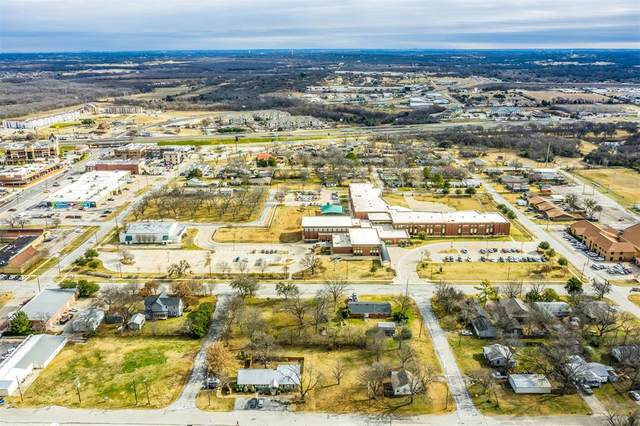 215 S Commerce Street, Burleson, TX 76028 (MLS #14503873) :: All Cities USA Realty