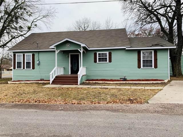 722 Sherman Lane, Van Alstyne, TX 75495 (MLS #14503909) :: The Mitchell Group