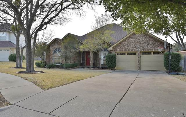 4510 Westchase Circle, Grapevine, TX 76051 (MLS #14503993) :: The Hornburg Real Estate Group