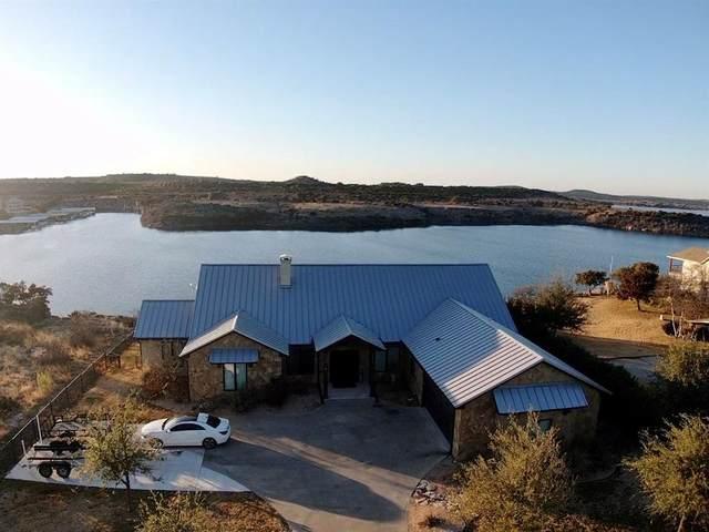 1029 Bluff Creek Point, Strawn, TX 76475 (MLS #14504020) :: Frankie Arthur Real Estate