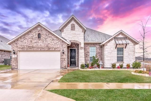 7001 Intrepid Drive, Fort Worth, TX 76179 (MLS #14504407) :: Premier Properties Group of Keller Williams Realty