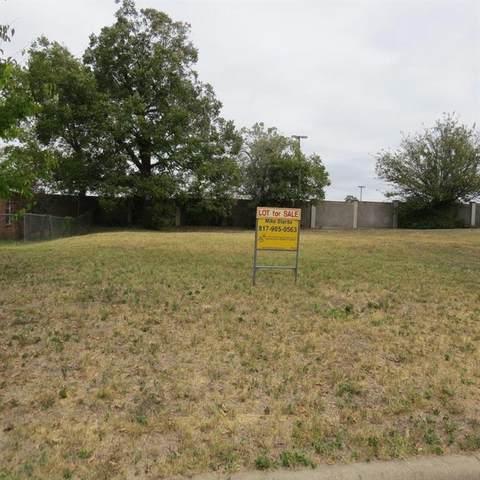 3013 E 12th Street, Fort Worth, TX 76111 (MLS #14504744) :: The Star Team   JP & Associates Realtors