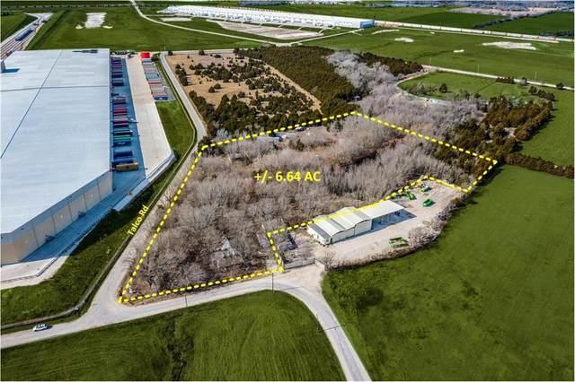 906 Talco Road, Lancaster, TX 75134 (MLS #14505110) :: The Kimberly Davis Group