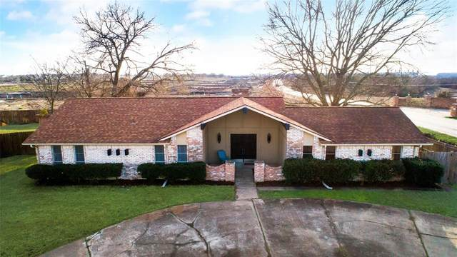 723 Bowie Street, Forney, TX 75126 (MLS #14505123) :: The Heyl Group at Keller Williams