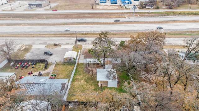 1025 Southeast Parkway, Azle, TX 76020 (MLS #14505418) :: The Mauelshagen Group