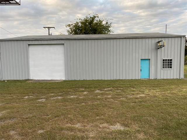 4526 E 377 Highway, Granbury, TX 76049 (MLS #14505753) :: Maegan Brest | Keller Williams Realty