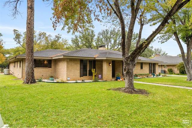 807 Brook Hollow Street, Brownwood, TX 76801 (MLS #14505823) :: The Good Home Team