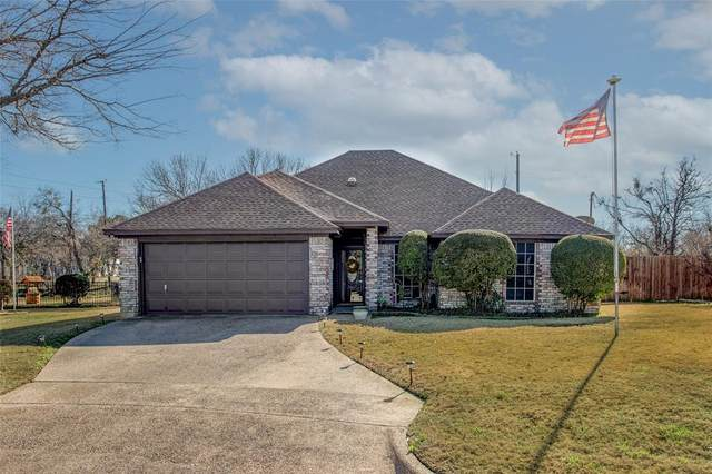 220 Edson Avenue, Crowley, TX 76036 (MLS #14506401) :: The Mauelshagen Group