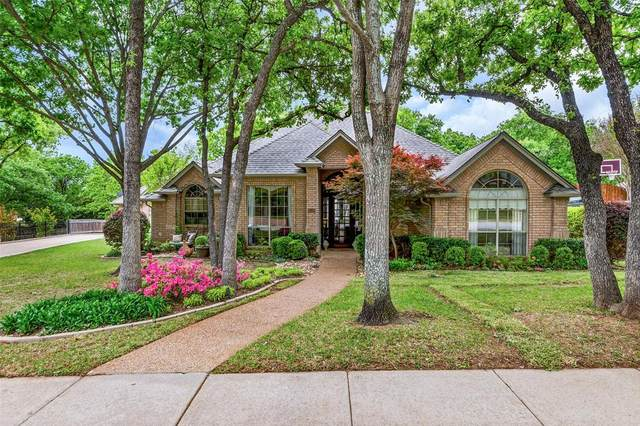 1518 Highland Oaks Drive, Keller, TX 76248 (MLS #14506595) :: Team Hodnett