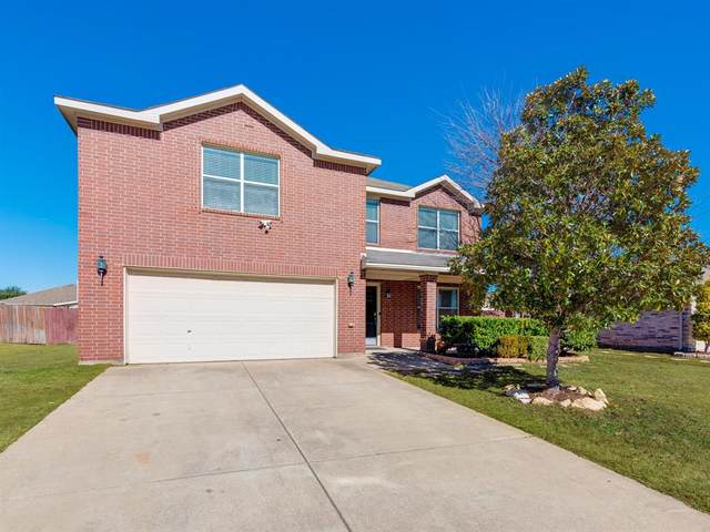 736 Pheasant Road, Saginaw, TX 76131 (MLS #14506706) :: Jones-Papadopoulos & Co