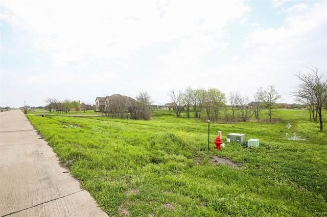 1680 Winding Creek Lane, Rockwall, TX 75032 (MLS #14506811) :: Craig Properties Group
