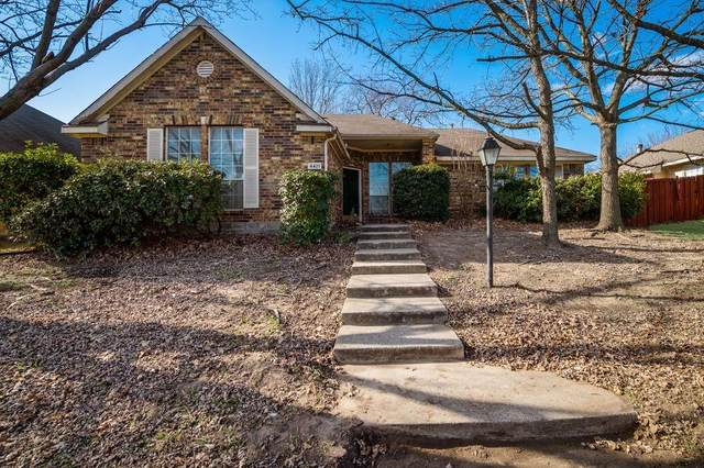 4421 Crystal Lane, Garland, TX 75043 (MLS #14507360) :: The Good Home Team