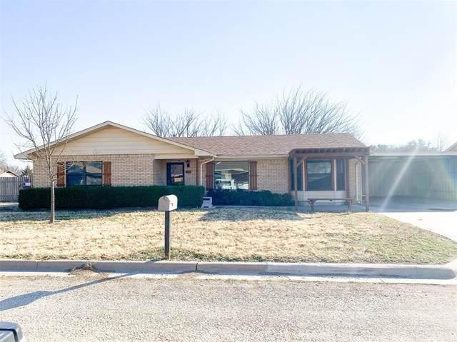 903 Weiss Drive, Seymour, TX 76380 (MLS #14507518) :: The Kimberly Davis Group