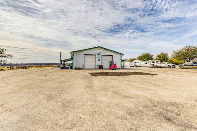 2221 Old Dennis Road, Weatherford, TX 76087 (MLS #14507907) :: All Cities USA Realty