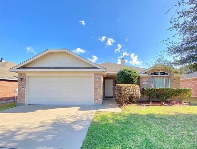 944 Mesa Vista Drive, Crowley, TX 76036 (MLS #14508051) :: The Property Guys