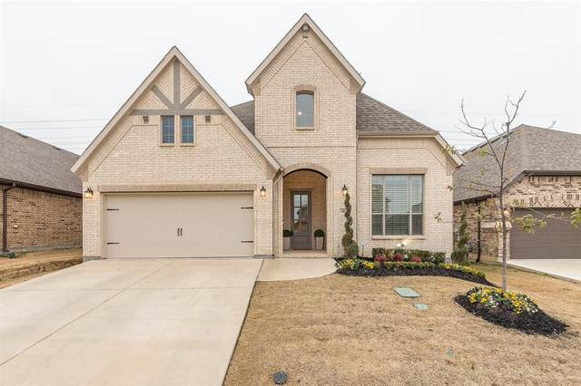 14637 Spitfire Trail, Fort Worth, TX 76262 (MLS #14508385) :: The Kimberly Davis Group