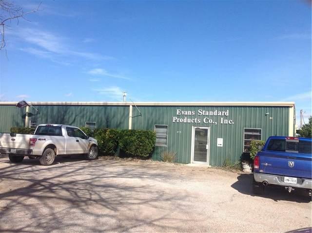 415 N 3rd, Cranfills Gap, TX 76637 (MLS #14508550) :: The Kimberly Davis Group