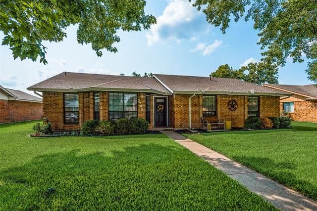 3705 Lofland Lane, Rowlett, TX 75088 (MLS #14508945) :: Maegan Brest | Keller Williams Realty