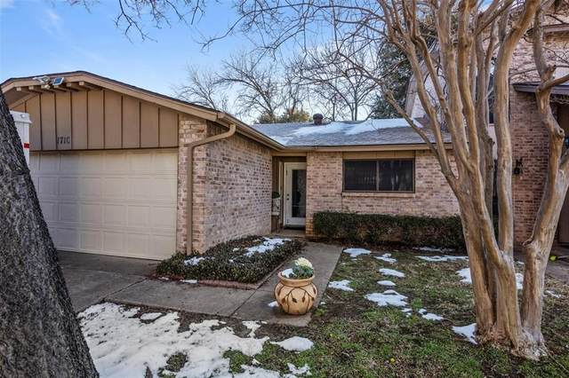 1710 Willow Lane, Euless, TX 76039 (MLS #14509034) :: Bray Real Estate Group