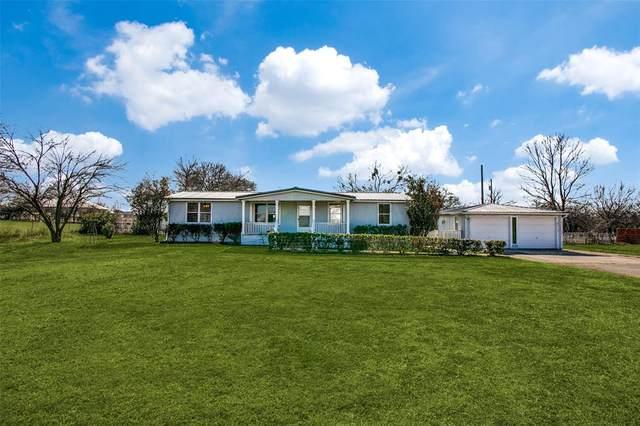 461 Oak Valley Lane, Springtown, TX 76082 (MLS #14509067) :: NewHomePrograms.com