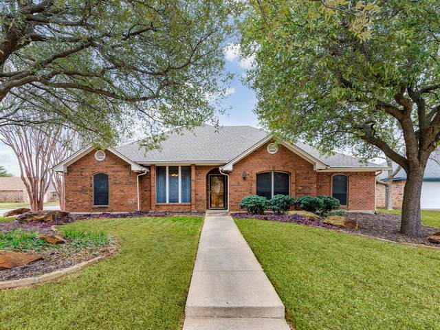 3608 Willomet Court, Bedford, TX 76021 (MLS #14509365) :: Robbins Real Estate Group